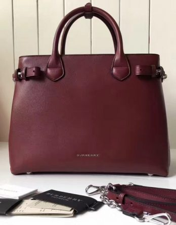 2017-Burberry-Original-47191885-107