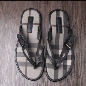 Burberry slippers man 38-46  for sale